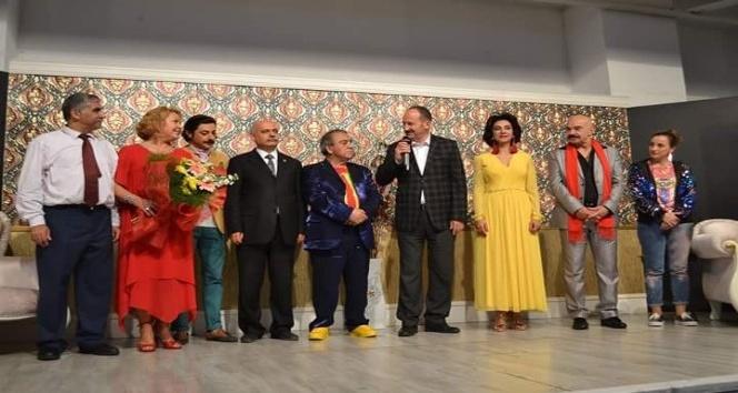 Demirci ve Akhisar 'Patron Çıldırdı' ile güldü