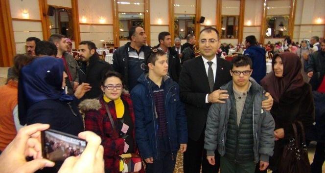 Malatya'da 3 Aralık Dünya Engelliler günü programı düzenlendi