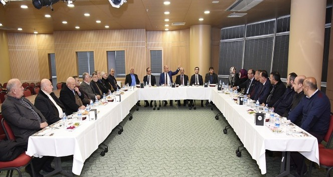 Tekkeköy'de ilk meclis