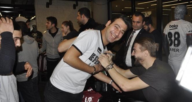 Caner Erkin: Beşiktaşta kalmak istiyorum