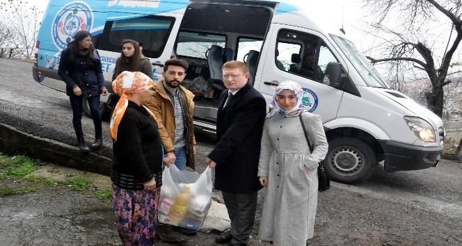 10 aileye gıda yardımı yapıldı