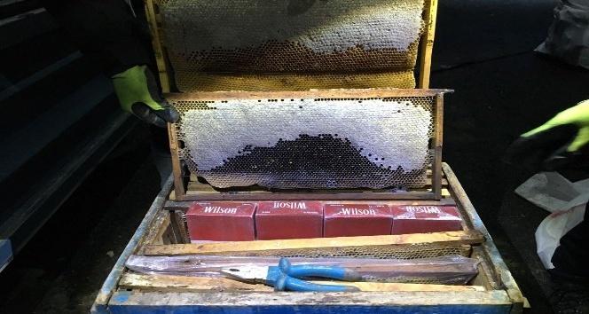 Bitlis'te arı kovanlarının içinde kaçak sigara ele geçirildi
