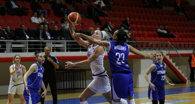 Canik Belediyespor ilk galibiyetini aldı