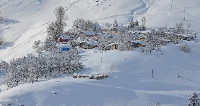Tunceli'de 120 köy yolu ulaşıma kapandı