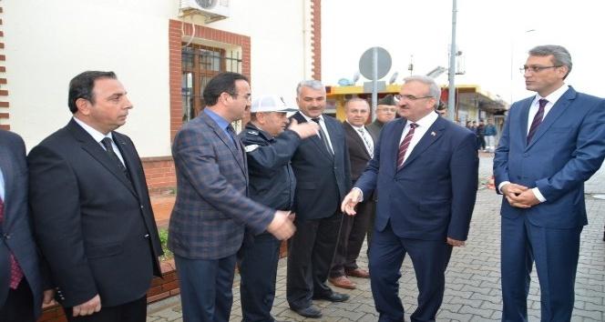 Vali Karaloğlu Gazipaşa'yı ziyaret etti