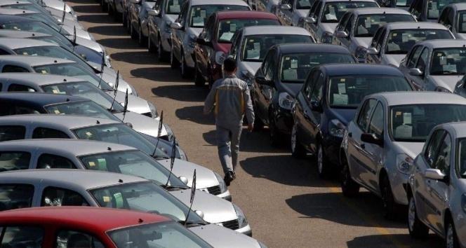 Otomobil ve hafif ticari araç toplam pazarı yüzde 4 arttı