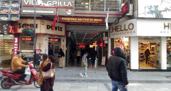 İzmir'de büyük bomba paniği: 20 bina boşaltıldı, aramalar yapıldı