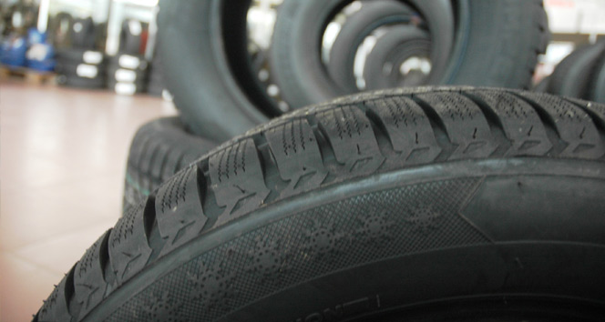 Lastikçilerde kış yoğunluğu