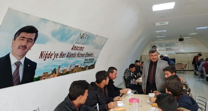 Niğde Belediyesinden öğrencilere çorba ikramı