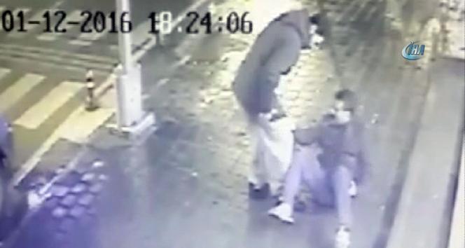 Şampiyon boksör ve kardeşlerine silahlı saldırı kamerada