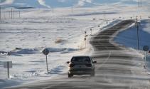 Ardahan'da tipi ulaşımı olumsuz etkiliyor