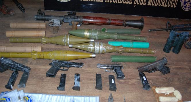 Viranşehirde silah ve mühimmat ele geçirildi