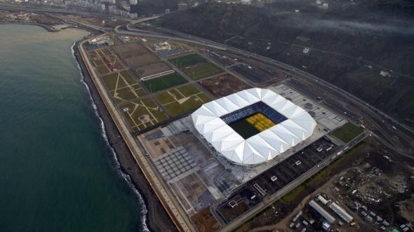 Akyazı Spor Kompleksi açılışa hazırlanıyor