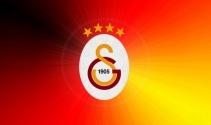 Galatasaraylı taraftarlar yönetimi protesto etti