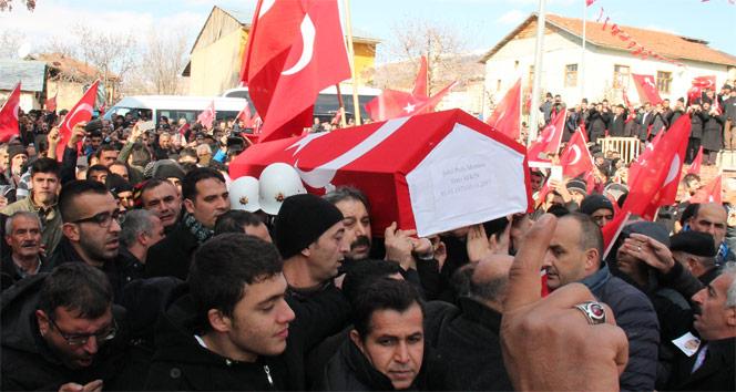 Kahraman şehit Fethi Sekini binler uğurladı