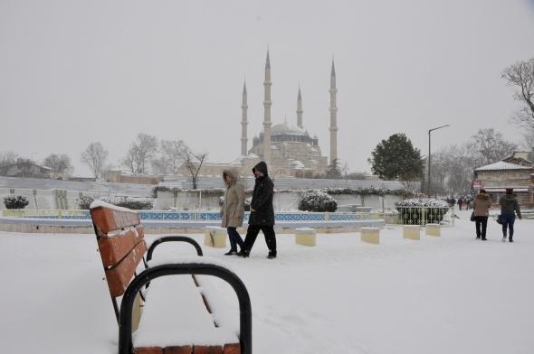 Selimiye Camii'nden kar fotoğrafları