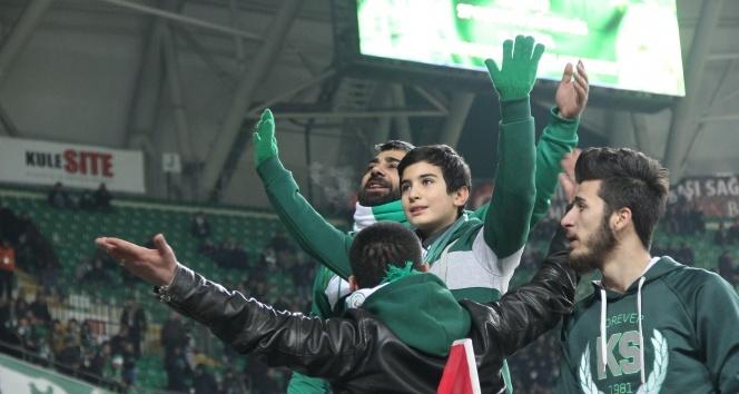 Şehit Fethi Sekinin oğlu Konyaspor - Galatasaray maçında