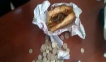 Dilencinin parası ekmek arası dönerden çıktı