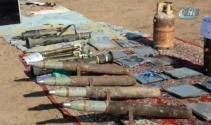 Irak Ordusu Musulda DEAŞa ait mühimmatları temizliyor