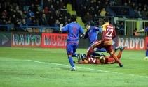 Karabükspor Galatasaray maçı foto özet