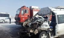 Zincirleme trafik kazası: 24 yaralı