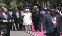 Erdoğan, Tanzanyada top atışlarıyla karşılandı