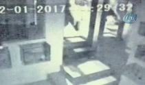 Nişantaşı'ndaki suç makinesi vücuduyla cam kapıyı böyle kırdı