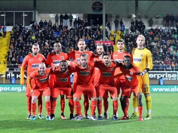 Aytemiz Alanyaspor Beşiktaş maçından özel kareler