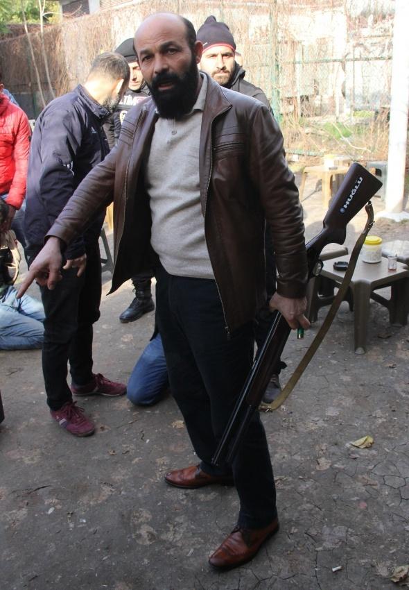 Adana'da çatışma: 4 yaralı