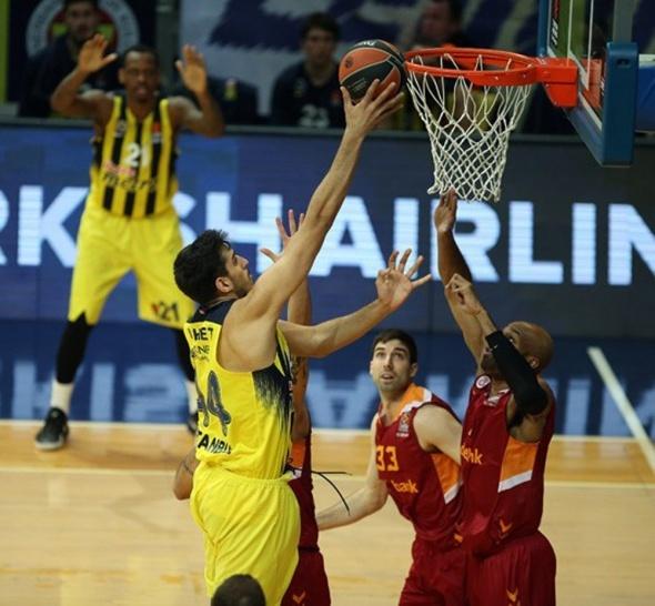Fenerbahçe - Galatasaray Odeabank basket maçından özel kareler