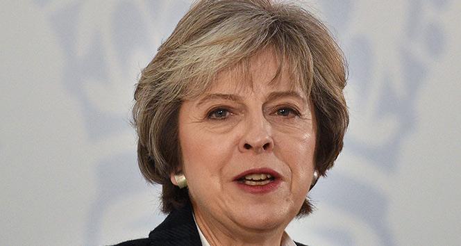 Theresa May: 'Kimyasal silah kullanımının normalleşmesine izin veremeyiz'