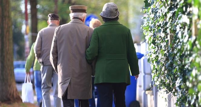 Genç yaşta 'ihtiyar' olanlara SGK'dan az primle erken emeklilik