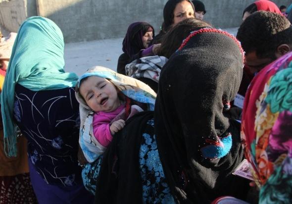 Suriyeli yardım bahanesiyle Suriyeliyi dolandırıyor