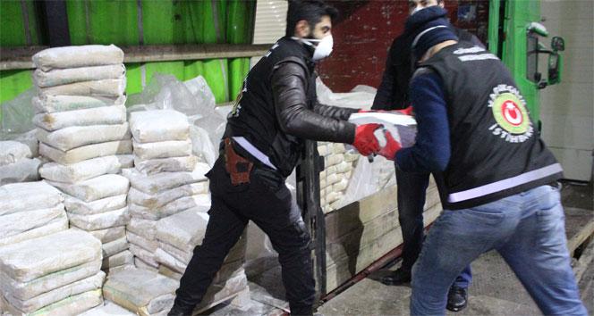 İran sınırında rekor uyuşturucu yakalandı