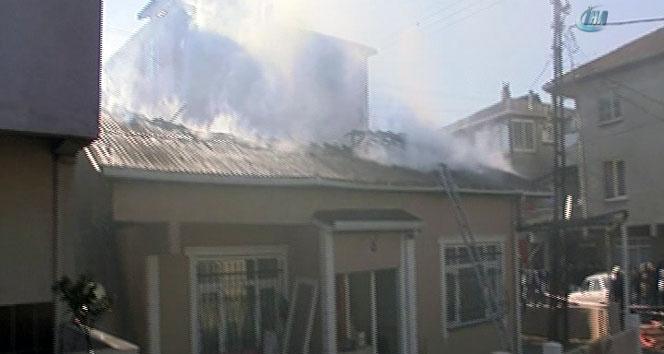 Ataşehirde tek katlı gecekonduda yangın