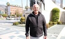 Fenerbahçeli Kongre Üyesi: Zaman gazetesi okuma cezası verdiler