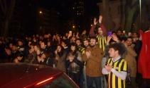 Müjdat Gezen Sanat Merkezine yapılan saldırı protesto edildi