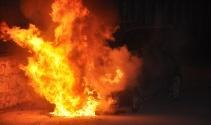 Tokat'ta otomobil alev alev yandı