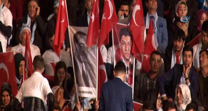 AK Parti, referandum için kampanyasını açıklayacak
