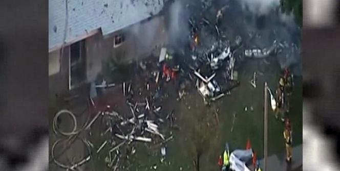 ABD'de uçak evlerin üzerine düştü: 4 ölü