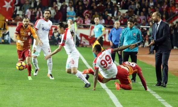 Galatasaray, Antalyaspor maçından kareler