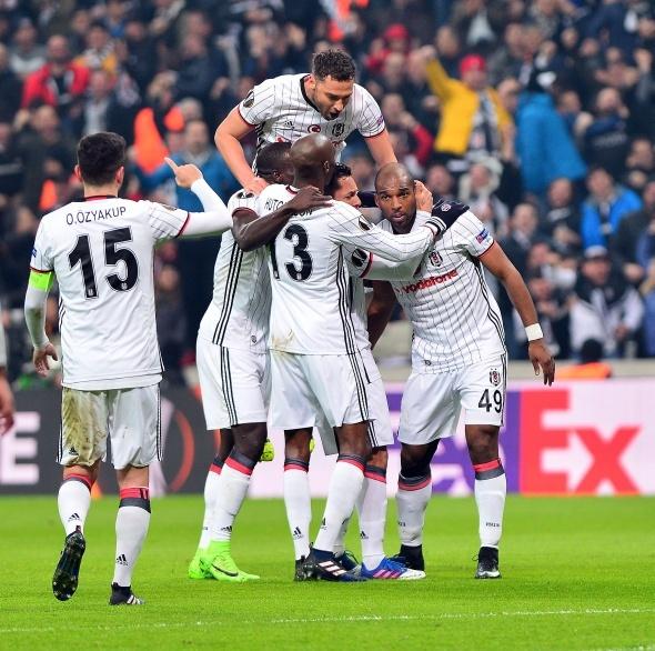 Beşiktaş - Olympiakos maçı özel kareler