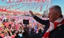 Başbakan Yıldırım: 'Bir Türkiye'yi üç Türkiye yaptık'