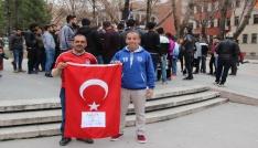 Beşiktaşlı taraftarlardan 114. yıl anısına 114 meşale