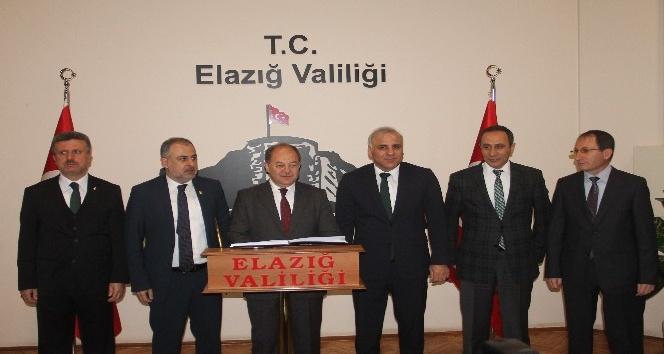 Sağlık Bakanı Akdağ Elazığ'da