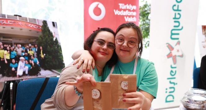 Vodafone, Dünya Down Sendromu Gününde Düşler Mutfağını ağırladı