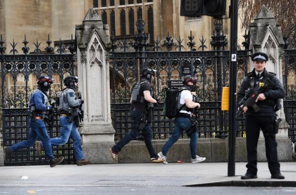 Londra dehşeti yaşadı! 4 ölü