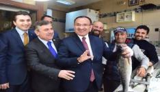 Adalet Bakanı Bozdağ Sinopta balıkçı esnafını ziyaret etti