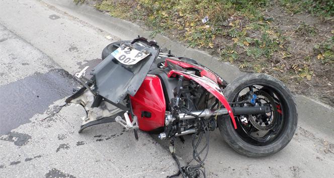 Sakarya TEM otoyolunda motor kazası: 1 ölü, 2 yaralı