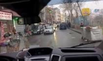 AK Parti seçim aracına saldırı kamerada